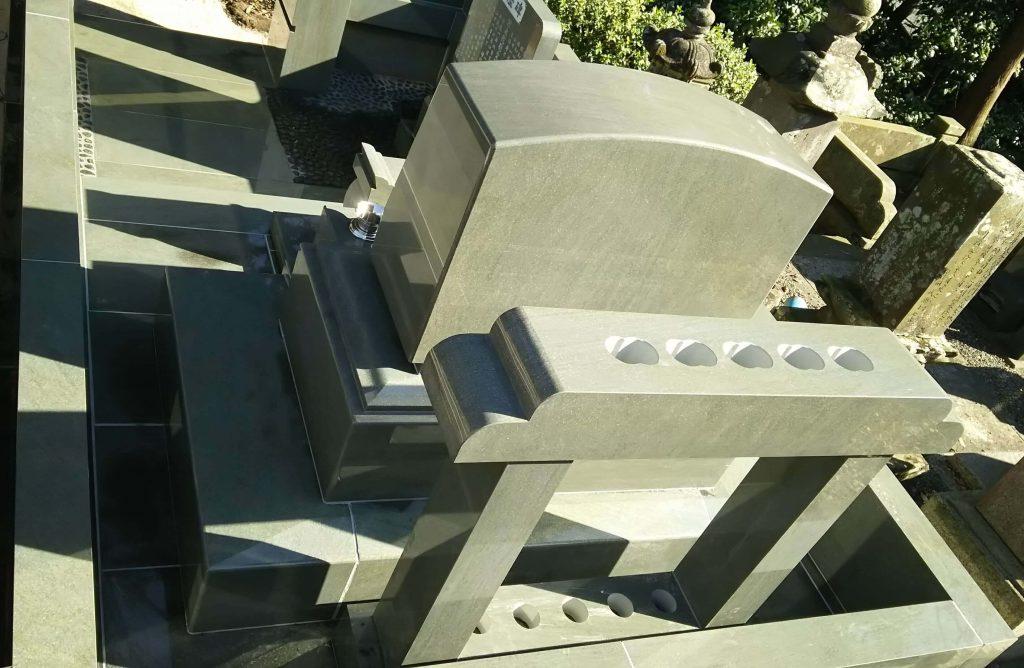 建立例:96 総本小松石 洋型墓石(神奈川県 厚木市)6
