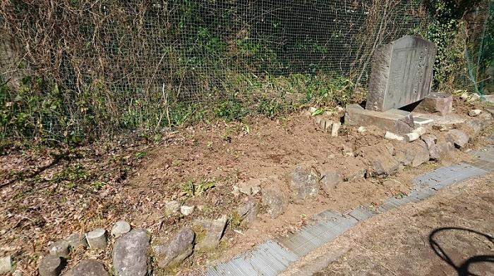 本小松石墓石 2017041601