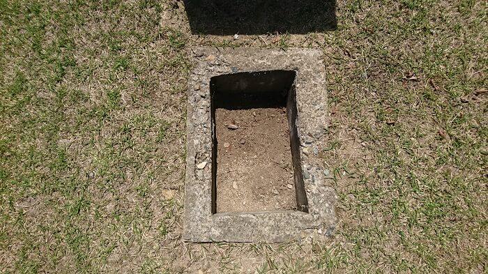 本小松石墓石 鵯越墓園6