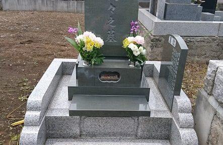 多磨霊園 本小松石洋型墓石 11