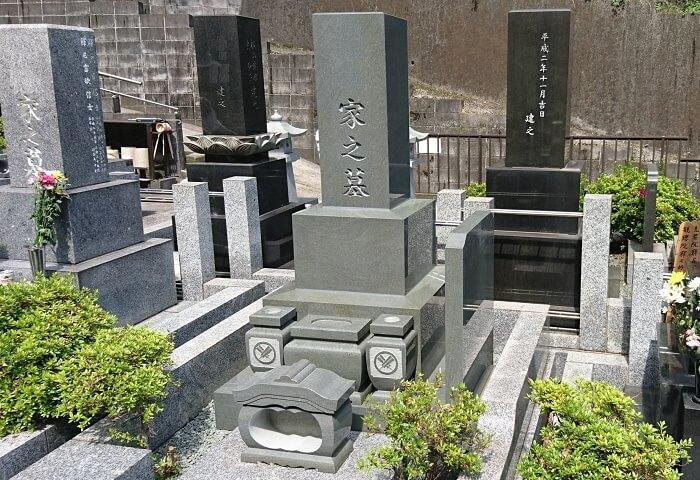 本小松石墓石 高級型墓石220170710