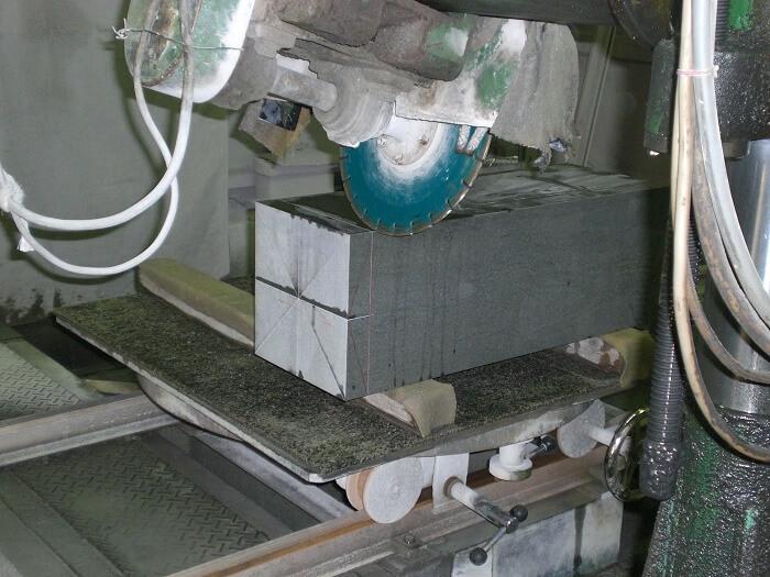 本小松石のお墓 国産墓石 和型2017080701