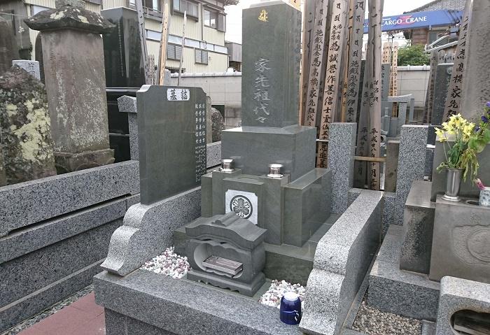 本小松石墓石 国産墓石 和型墓石 2017100702