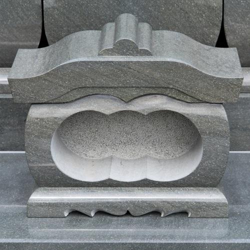 墓石 国産墓石 本小松石墓石 香炉笠付型