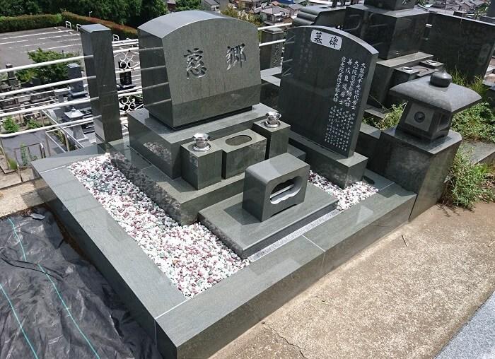 墓石 本小松石 洋型墓石 神奈川県2